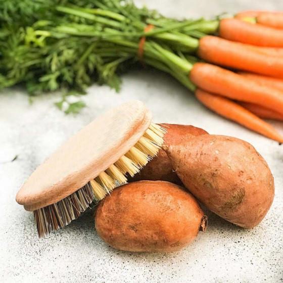 Brosse à légumes en bois FSC